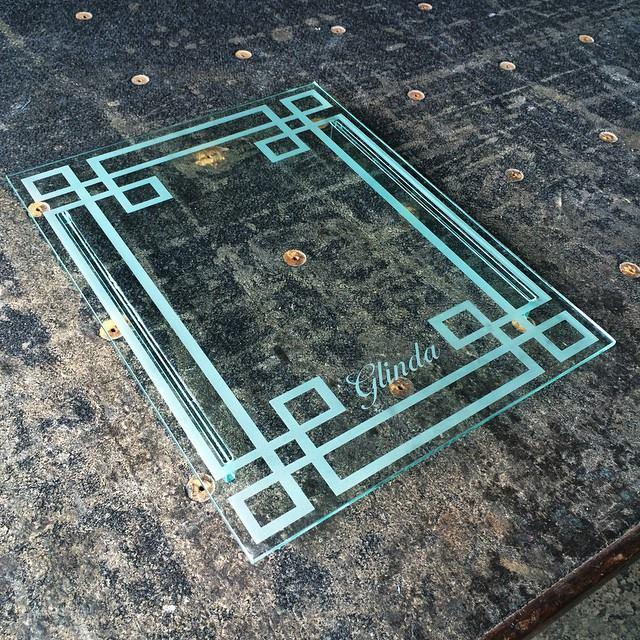 bandeja-de-vidro-com-jateamento